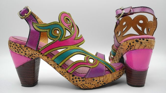 Une paire de chaussures Irregular Choice