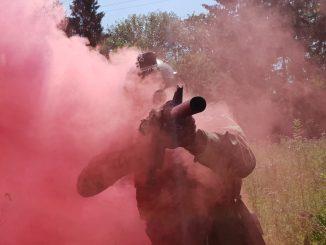 Comment utiliser un fumigène à goupille en airsoft ?