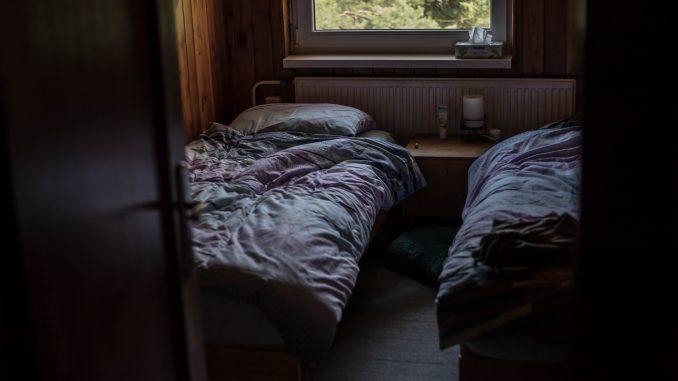 Relier lits et sommiers / matelas