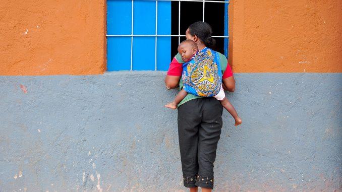 Astuces pour bien porter bébé avec un sling
